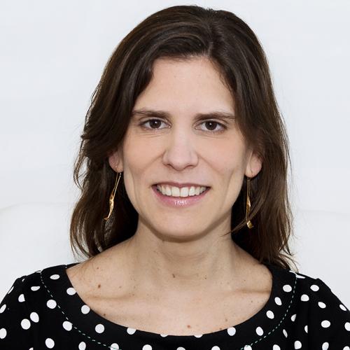 Dr. Fernanda Sofio Woolcott